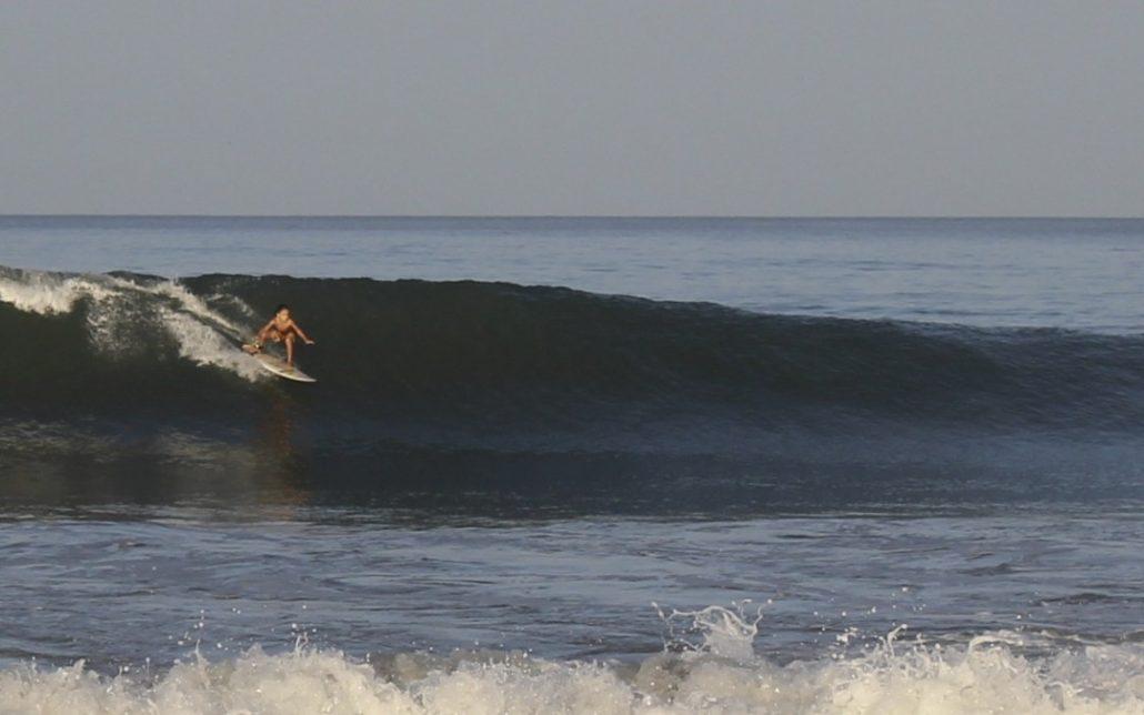 Tamarindo surfing in green season