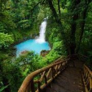 Rio Celeste trails