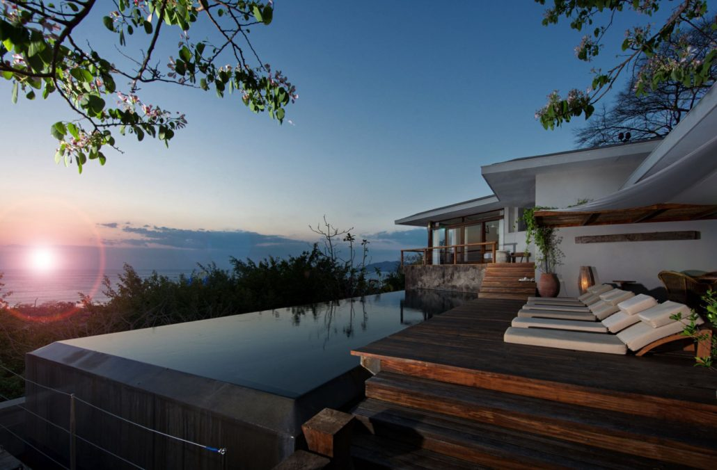Puros Dieces luxury vacation rental Tamarindo