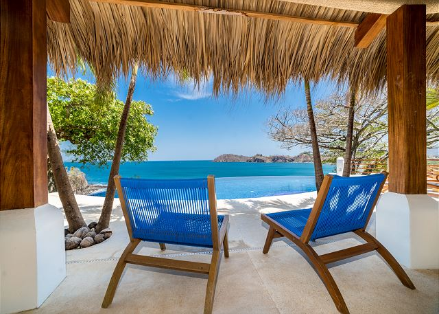 Flamingo Blu oceanfront vacation rentals in Tamarindo