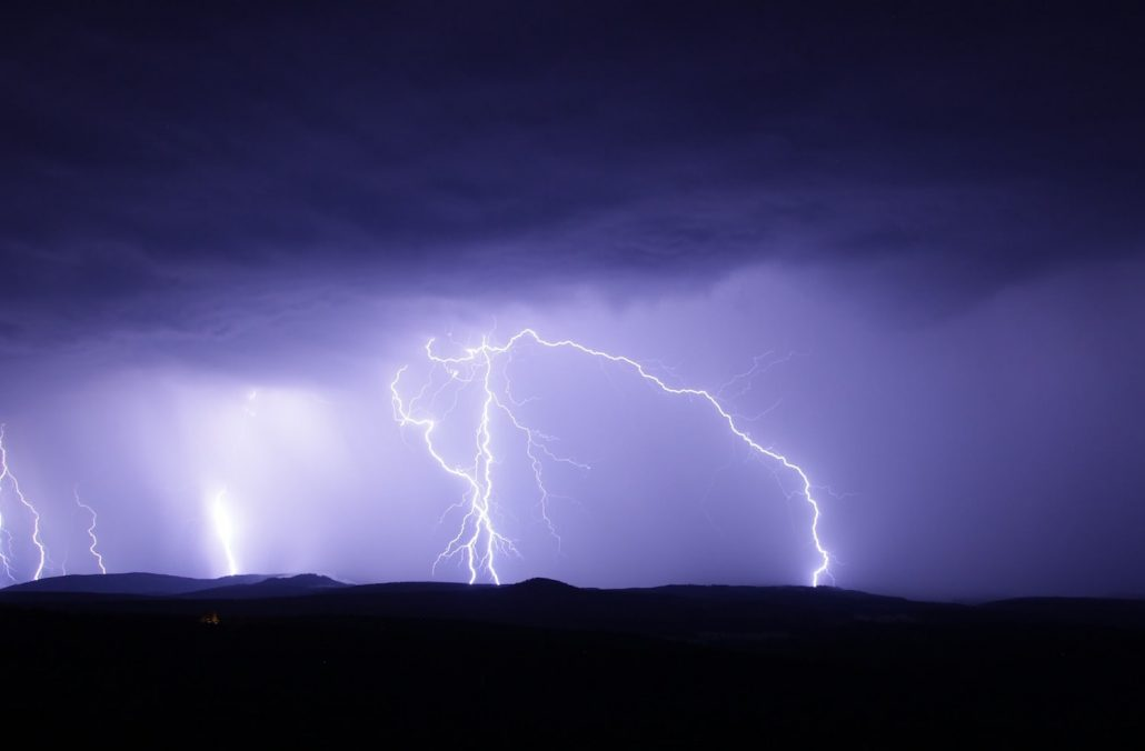 thunderstorms in Costa Rica-min