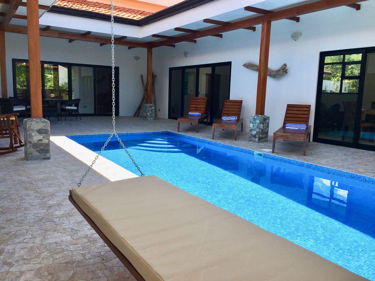 Casa Palma poolside vacation rental
